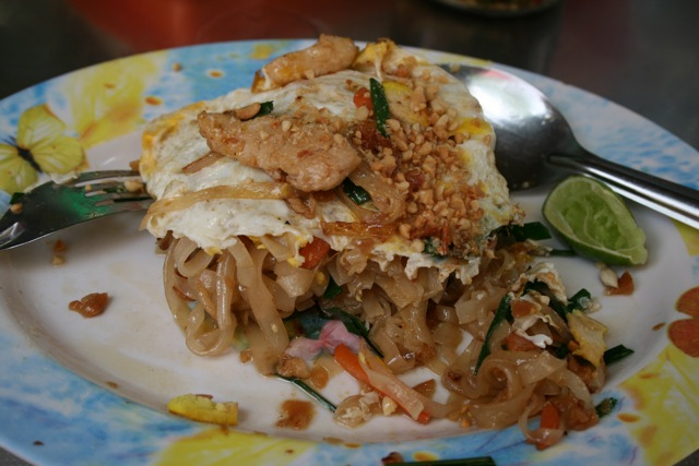 Best Pad Thai Bangkok Day trip to Don Wai market, Bangkok